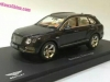 model-bentley-bentayga-02