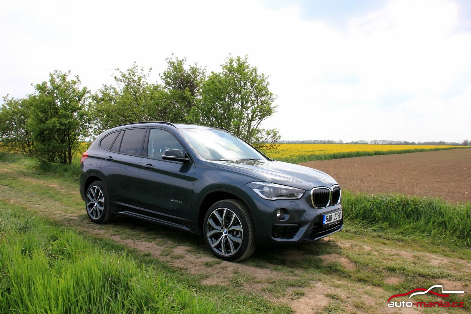 test bmw x1 20d xdrive at. Black Bedroom Furniture Sets. Home Design Ideas