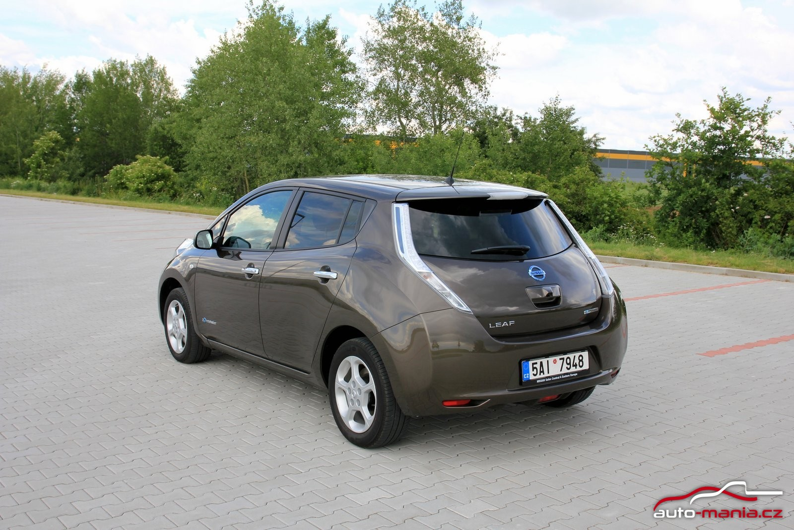 test elektromobilu nissan leaf 30 kwh. Black Bedroom Furniture Sets. Home Design Ideas