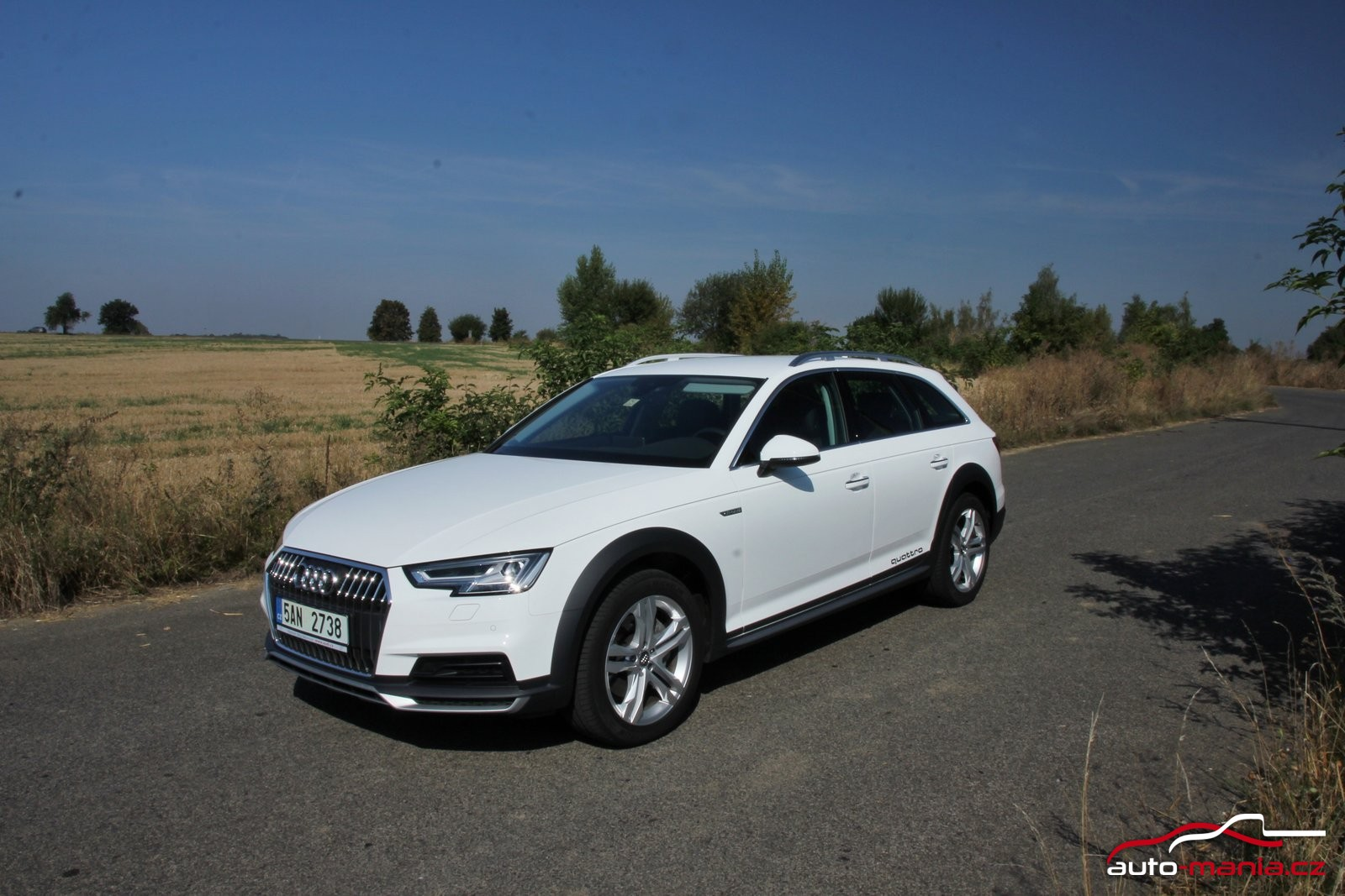 test audi a4 allroad 3 0 tdi quattro at. Black Bedroom Furniture Sets. Home Design Ideas