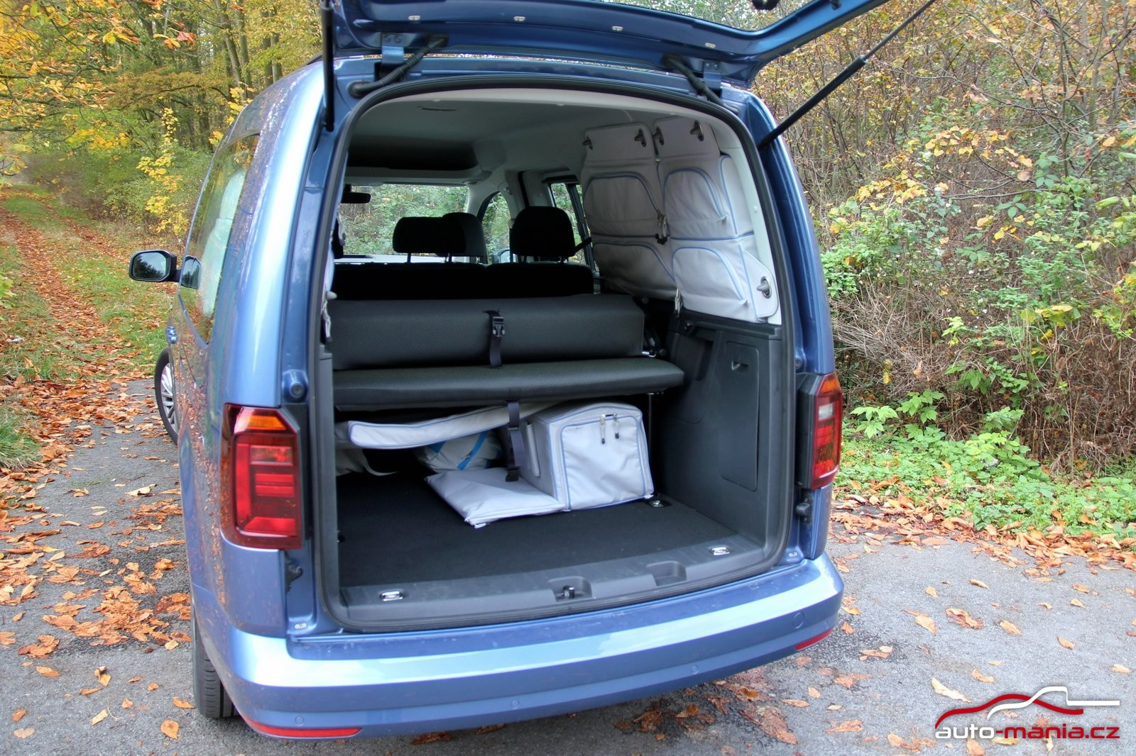 test volkswagen caddy beach 2 0 tdi 110 kw dsg. Black Bedroom Furniture Sets. Home Design Ideas