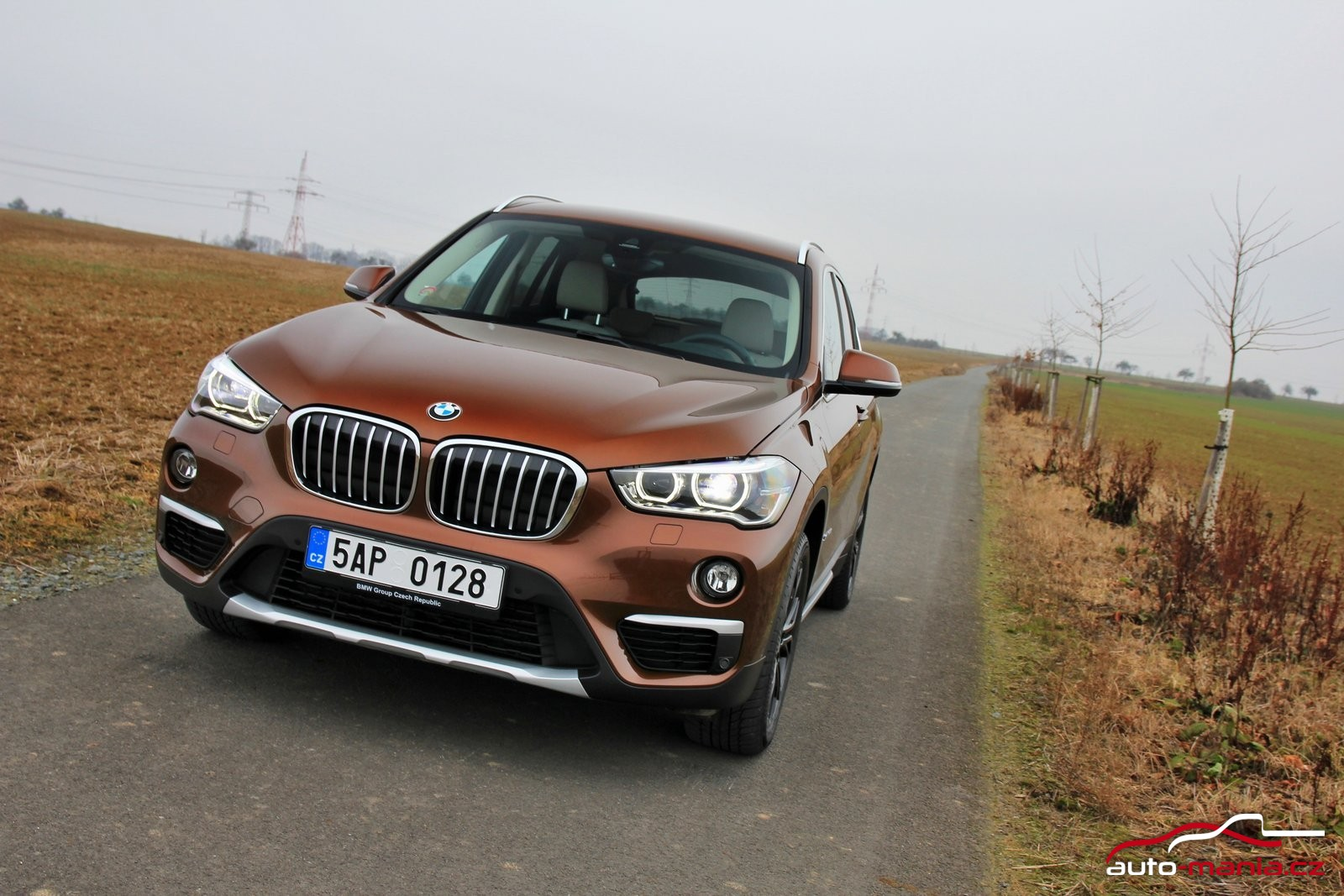 test bmw x1 20i xdrive at. Black Bedroom Furniture Sets. Home Design Ideas