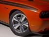 2013-dodge-challenger-hemi-orange-plum-crazy-04