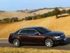 automobily-lancia-thema-2012_10