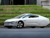 volkswagen-xl1-hybrid-visits-london-video-photo-gallery_11