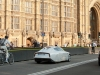 volkswagen-xl1-hybrid-visits-london-video-photo-gallery_9