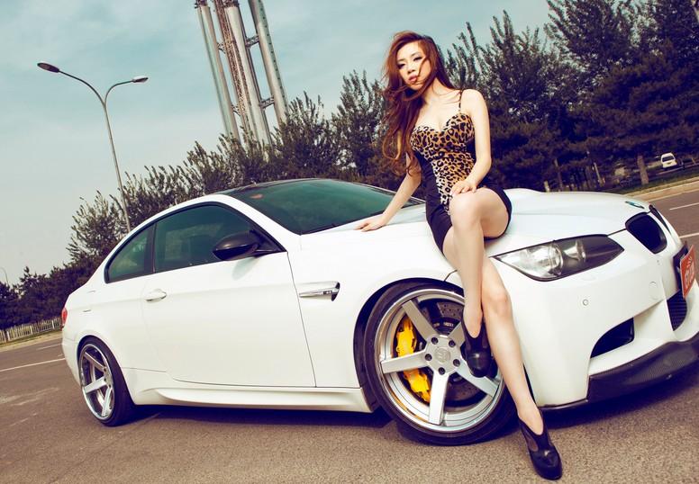 Bmw Girl Wallpaper By Jokensy: Obrazem: BMW M3 S Kompresorem A Sexy Modelka