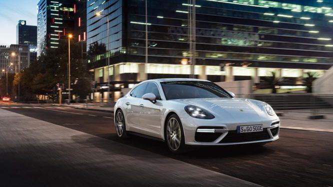 Porsche v Ženevě: světovou premiéru slaví nové modely Panamera a 911