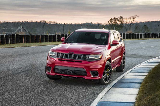 staré Seznamte se s novým nejrychlejším SUV planety. Je jím Jeep Grand  Cherokee Trackhawk 9453ca6d32