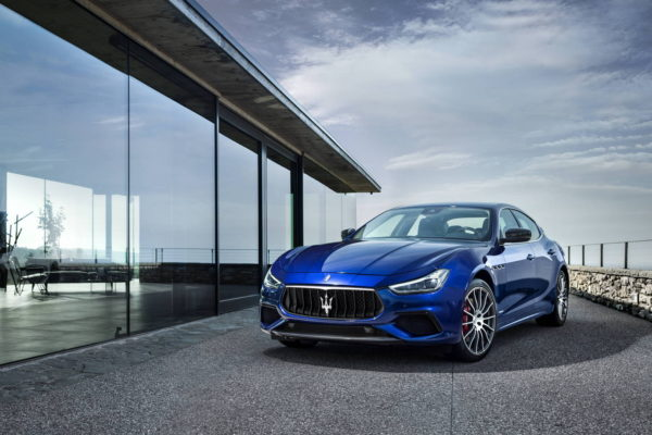 Maserati-Ghibli-GranSport-MY18-02