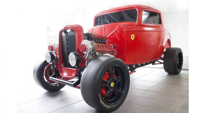1932-ford-hot-rod-ferrari-motor-prodej