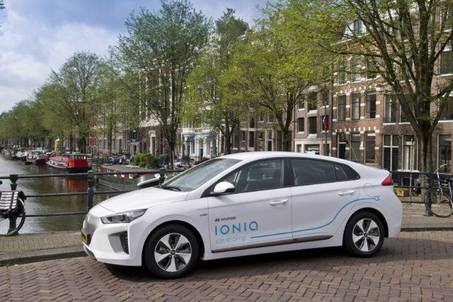 Hyundai IONIQ Car Sharing Amsterdam