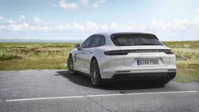 """Porsche Panamera Turbo S E-Hybrid Sport Turismo: nejvýkonnější """"kombi"""" světa se představuje"""