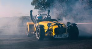 caterham-seven-620r-sir-chris-hoy-rekord-19-donutu-video