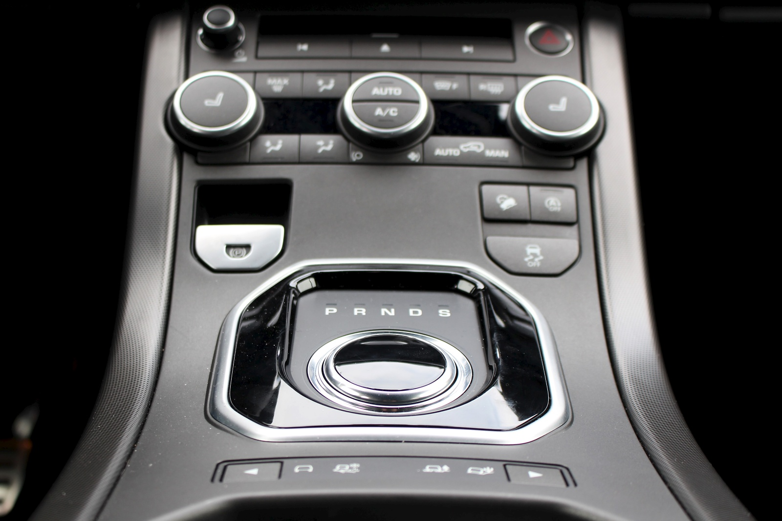 test range rover evoque si4 29 auto. Black Bedroom Furniture Sets. Home Design Ideas