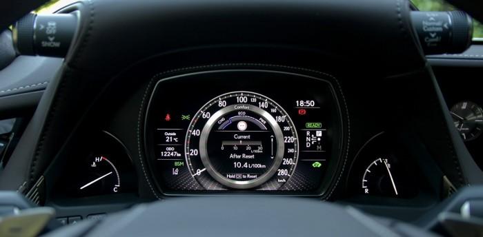 Test hybridu Lexus LS 500h AWD