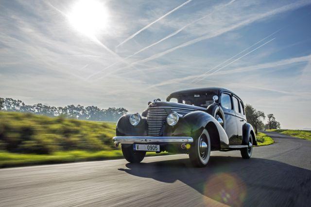 SKODA-SUPERB-3000-OHV-1939