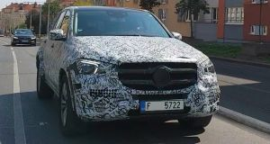 2019-mercedes-benz-gle-coupe-spy-video