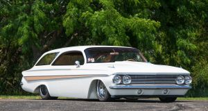 monterey-car-week-2018-chevrolet-impala-restomod-aukce