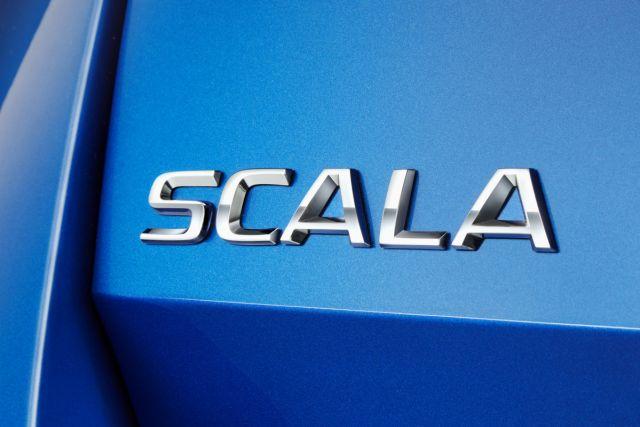 SKODA-SCALA-1