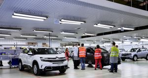 Usine auto Citroen, production de la C5 Aircross