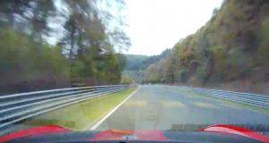 Porsche-911-GT2-RS-MR-rekord-nurburgring-nahled