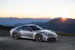 Nové Porsche 911 – výkonnější, rychlejší a také digitální