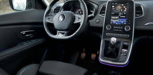 test-renault-scenic-13-tce-140- (24)