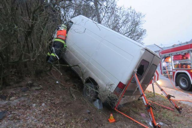dopravni-nehoda-fiat-ducato-Drahanovice-2