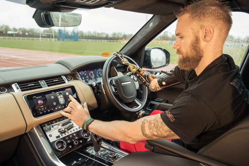 jaguar-land-rover-automaticke-dvere- (2)