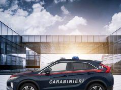 policie-mitsubishi-eclipse-cross-carabinieri