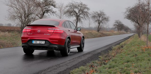 test-2018-mercedes-amg-glc-63-s-kupe-4matic- (15)