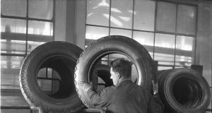 Barum_vyroba_pneu_1948