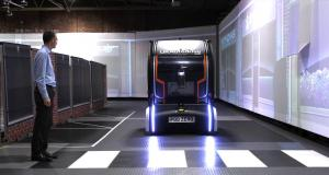 jaguar-land-rover-autonomni-auto-ukazatel-smeru-jizdy