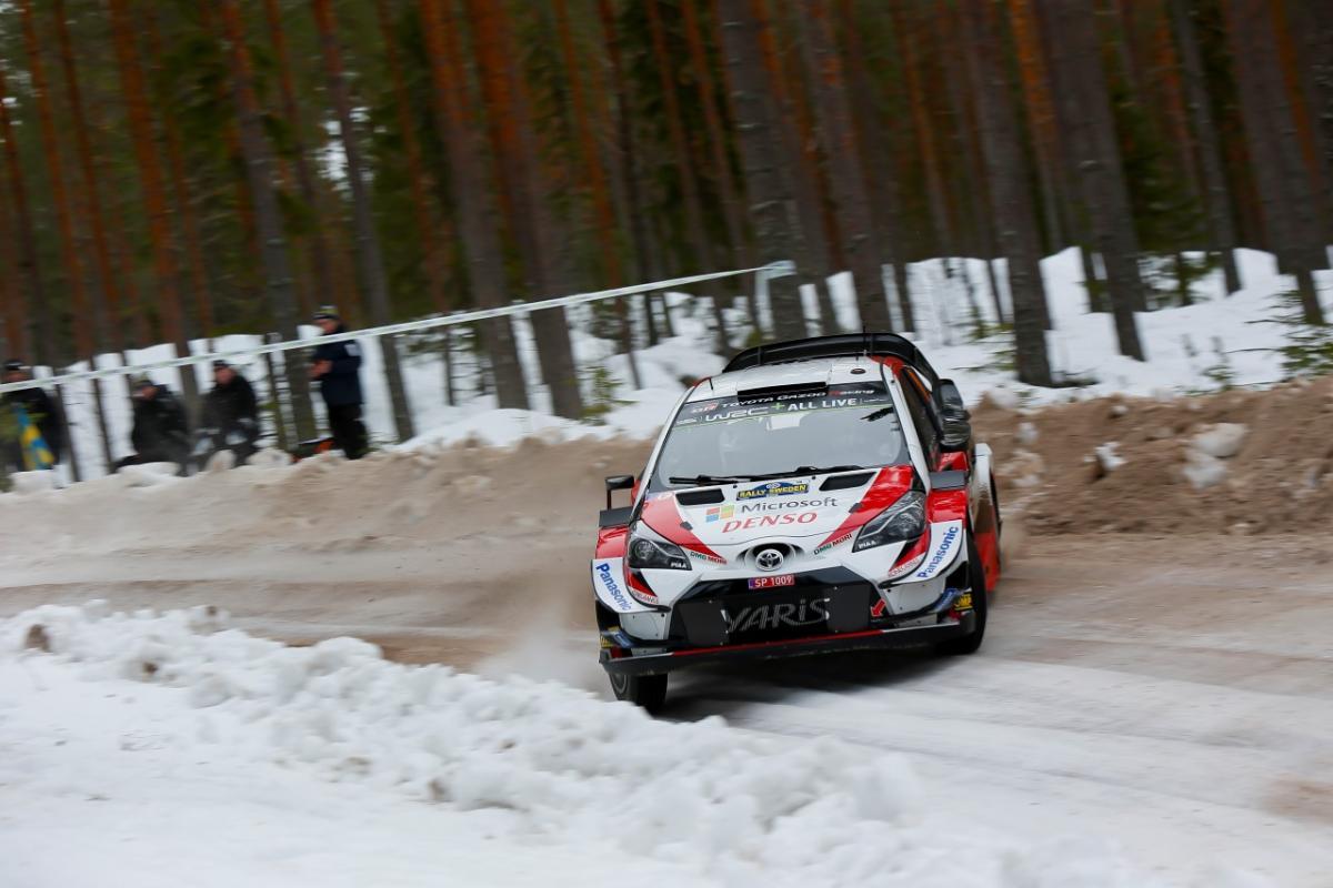 Car_10_Jari-Matti_Latvala_Miikka_Anttila_4