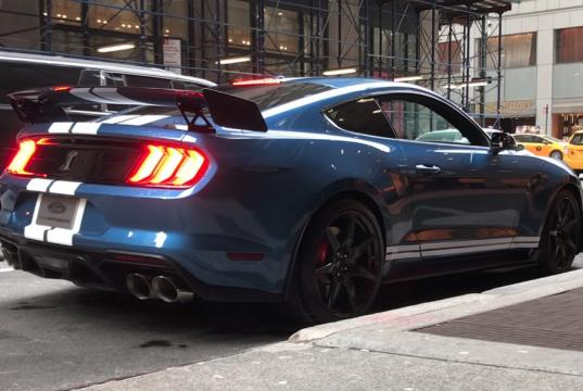 ford-mustang-shelby-gt500-vyfuk-video