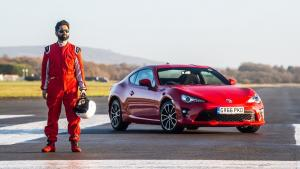 Slepý řidič si zcela podmanil okruh Top Gearu