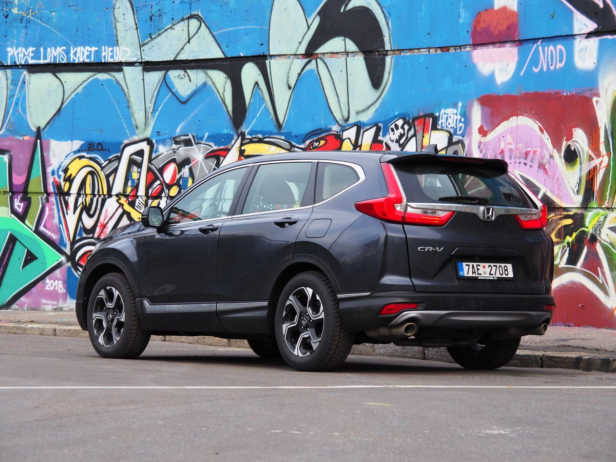 test-2019-honda-cr-v-15-turbo-2wd-mt- (9)
