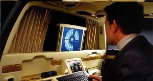 bmw-rady-7-e38-multimedialni-kancelar-1