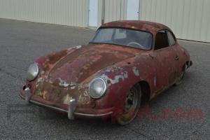 Na prodej je zrezlé a notně zašlé Porsche 356. Jeho cena je přesto vysoká