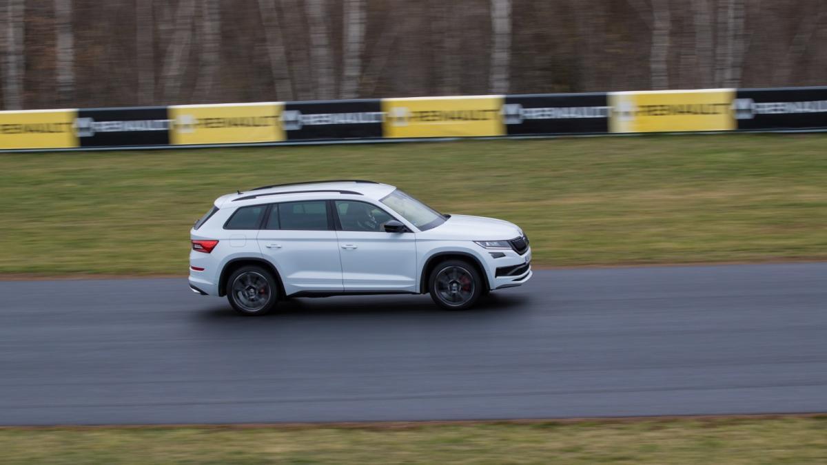 test-2019-skoda-kodiaq-rs-autodrom-most-foto-petr-kantner-
