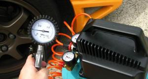 tlak-v-pneu-husteni-pneu