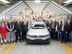 The 30 millionth Passat is a GTE variant.