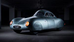Nejočekávanější aukce letoška. Dražit se bude pradědeček všech Porsche