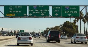 Už i Amerika propadá elektrifikaci. V Los Angeles chtějí do pár let zakázat auta se spalovacími motory