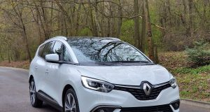 Test-2019-Renault-Grand-Scenic-BluedCi-150- (13)