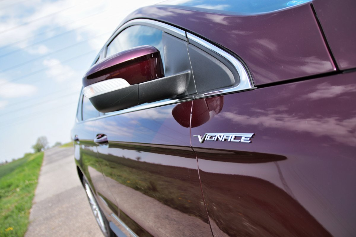 test-2019-ford-edge-vignale-20-tdci-238k-awd-8at- (14)
