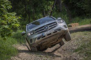 2019-facelift-mercedes-benz-glc-300-d-4matic-off_road- (10)