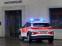 elektromobil-hyundai-kona-svycarska-policie- (3)