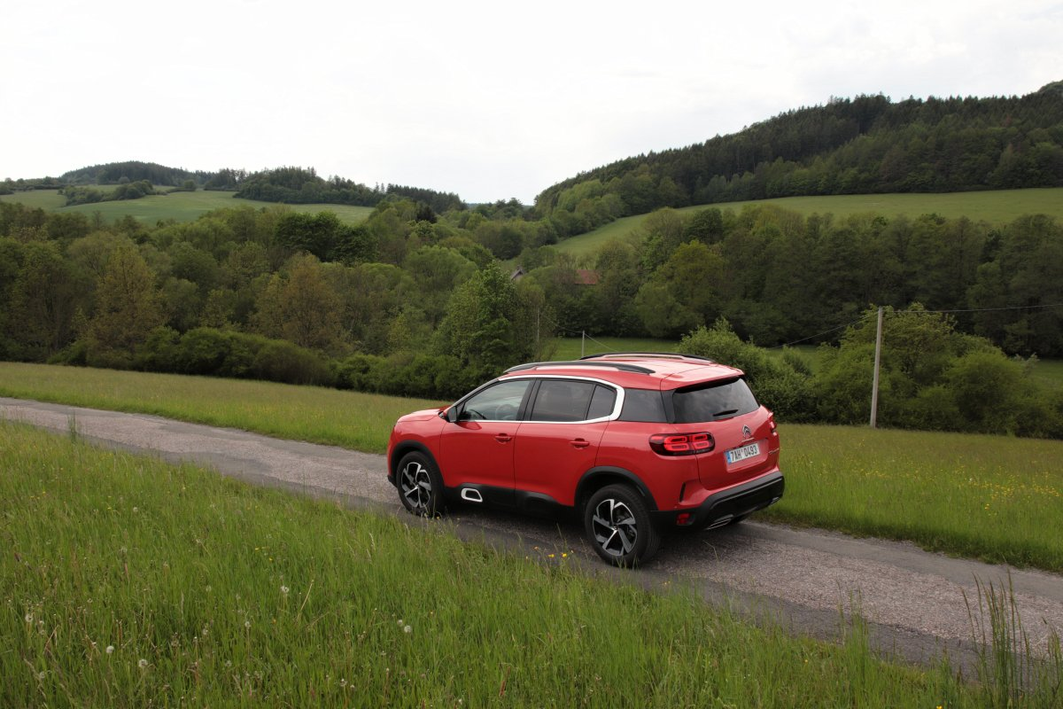 test-2019-citroen-c5-aircross-20-hdi-180-at- (8)